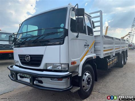 Second hand Dropsider Trucks for sale in Johannesburg