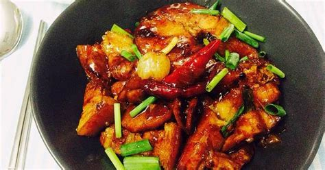 Vietnamese Braised Fish Cooked in a Clay Pot Recipe by