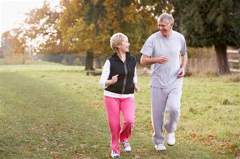 노인, 운동 꾸준히 하면 '기억력' 좋아져 - 당신의 건강가이드