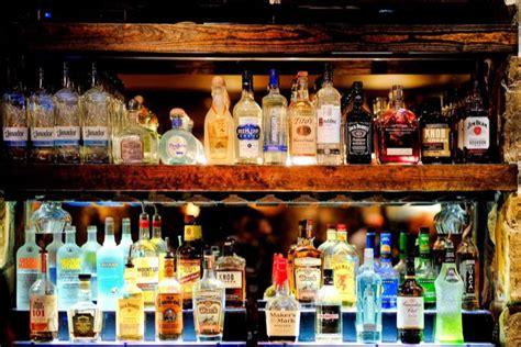영국에서는 5세부터 술을 마실 수 있다? 세계 이색 술 문화 | 전성기