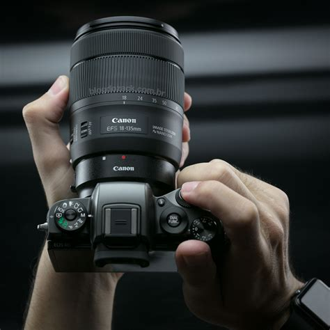 Canon EF-S 18-135mm f/3