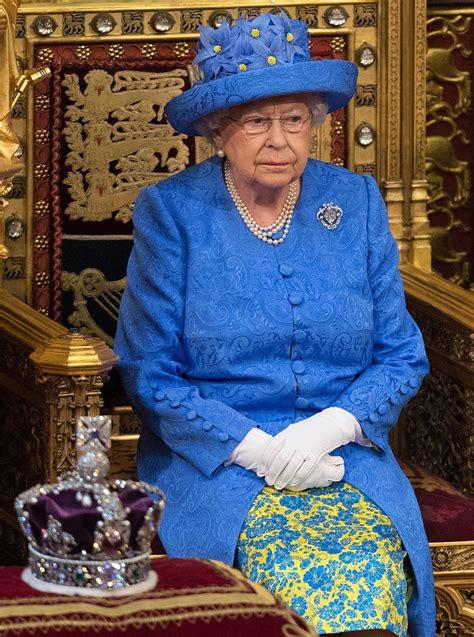 If Queen Elizabeth Can Make a Political Fashion Statement