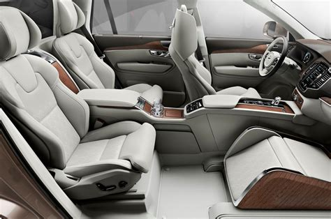 Volvo XC90 Back Seat Gets VIP Treatment With Lounge Console Concept